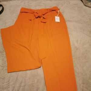 NWT Dress pants with tie